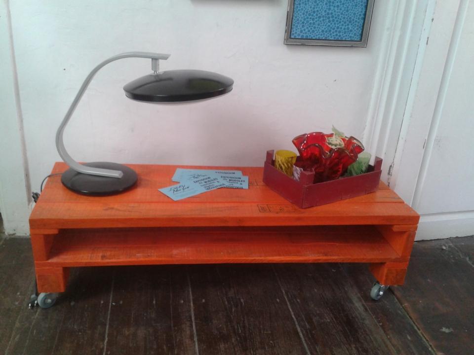 Exposicion Muebles reclicados y objetos decorativos  Agenda